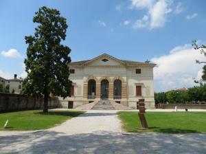 Villa Caldogno, villa palladiana con affreschi di Antonio Fasolo